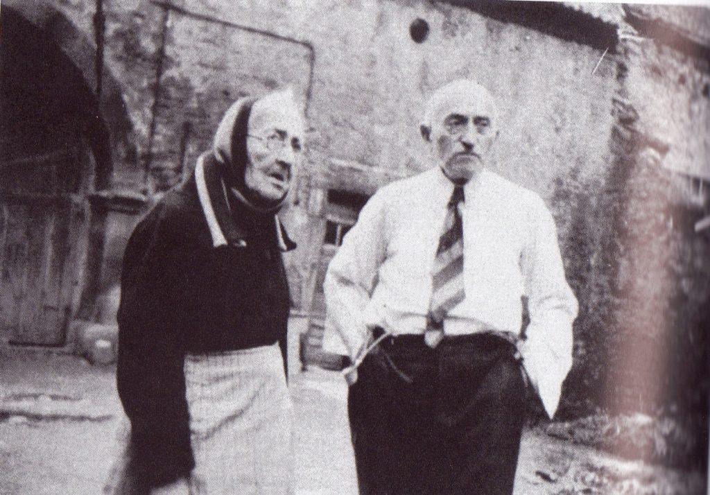 Alfred Roos und seine Mutter Babette Roos